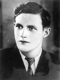 Vladan Ilic, student. He was arrested by the Gestapo, was killed in Mauthausen 1943.